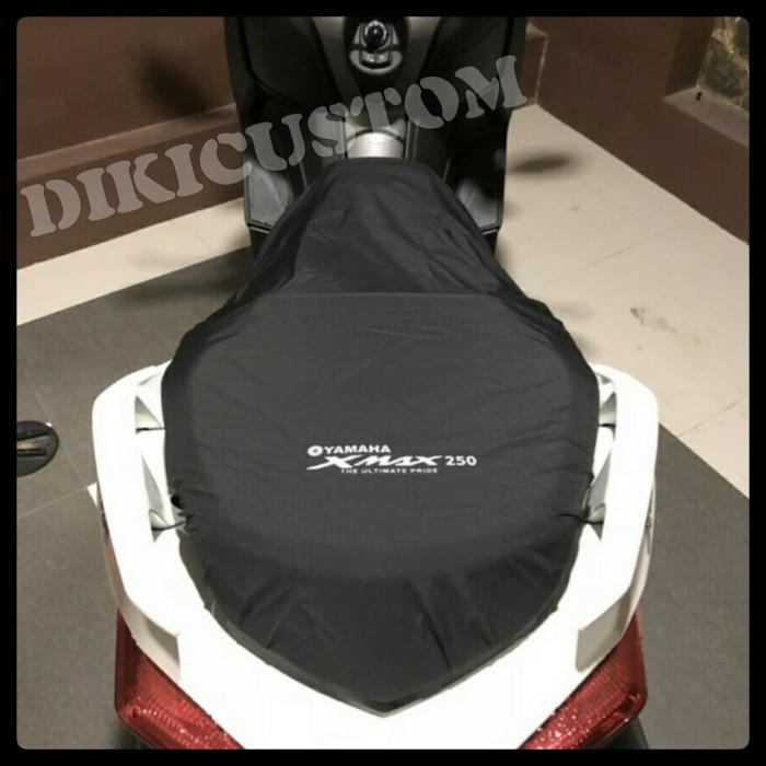 harga Cover jok yamaha xmax / aksesoris motor xmax Tokopedia.com