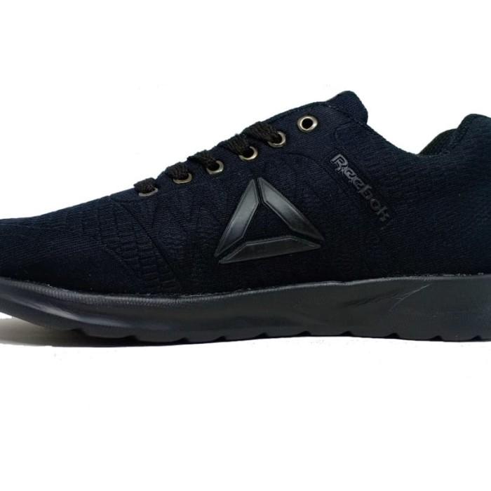 Jual Sepatu Sneakers Hitam Polos Reebok Logo Hitam Pria Wanita