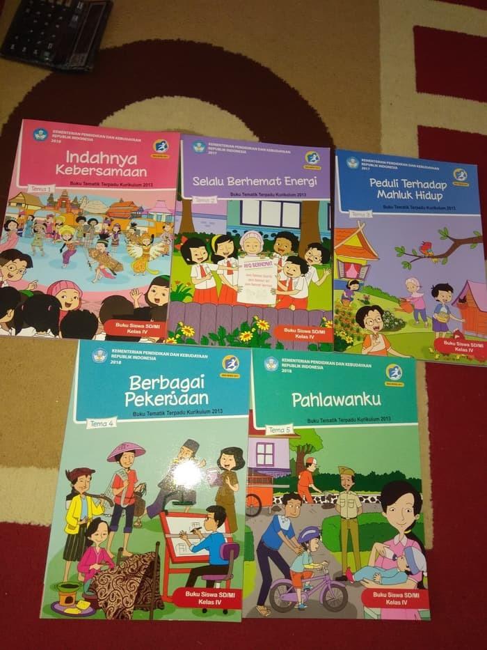 Jual Buku Sd Paket Buku Tematik Kelas 4 Sd Tema 1 Sampai Tema 5 Revisi Jakarta Barat Ladang Buku Tokopedia