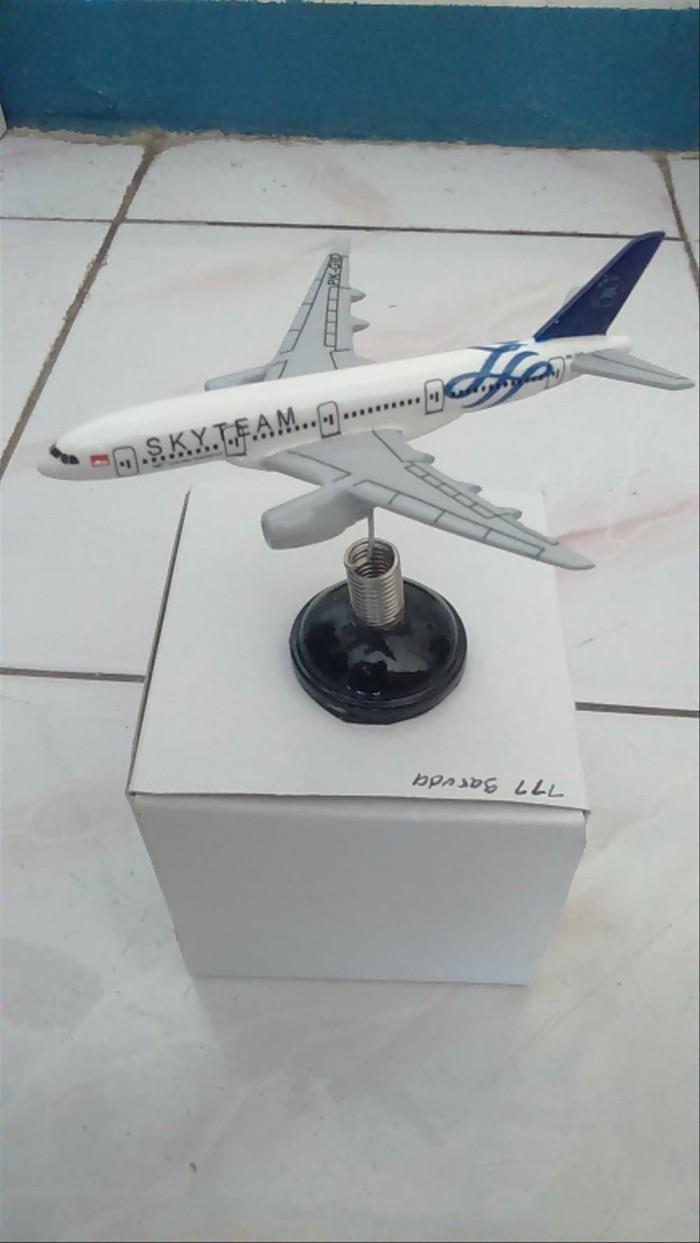 Jual Pesawat Skyteam Garuda Indonesia Per Bahan Fiber Glass Jakarta Barat KakakBeli116