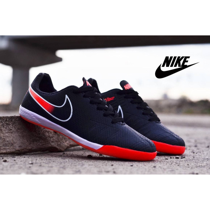 san francisco 119e0 23159 Jual Sepatu Futsal Nike Tiempo Classic Hitam Merah Sport Import - Kota  Bandung - WANFAR | Tokopedia