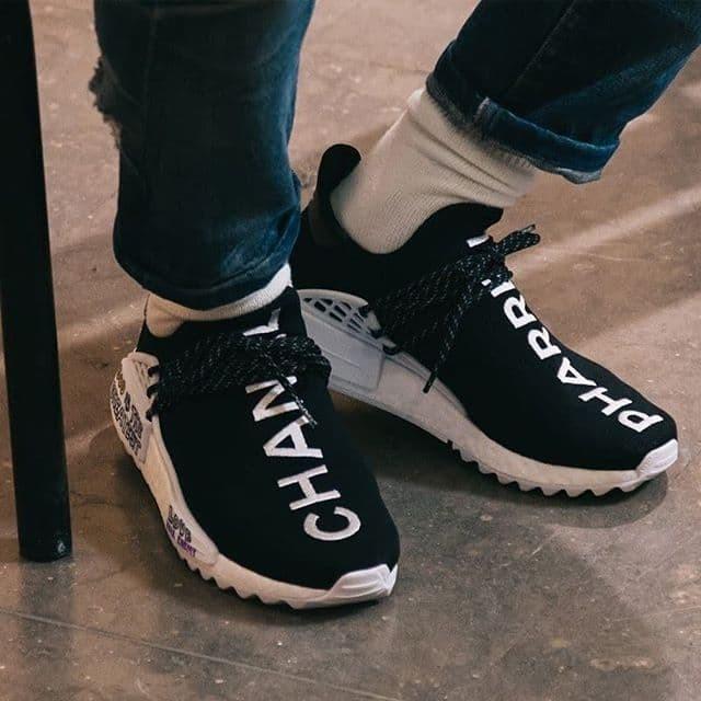 big sale 2a9b0 c0fa5 Jual Pharrell x Chanel x Adidas NMD Human Race Trail - Kota Kediri - vaksow  original | Tokopedia