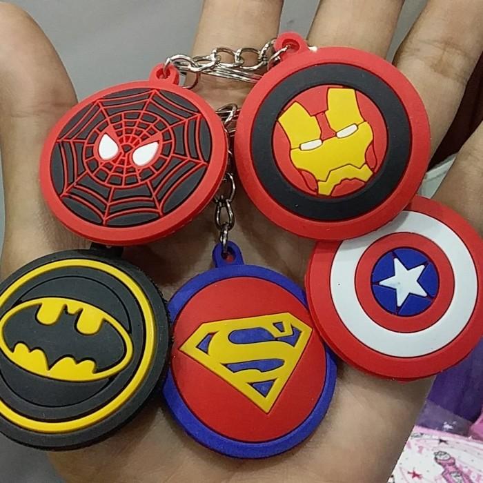 Foto Produk Gantungan Kunci Karakter Superhero dari RAFANIA SOUVENIR JOGJA