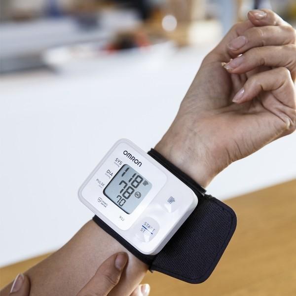 Foto Produk Omron Tensimeter Digital HEM-6161 / Wrist Blood Monitoring dari AFIATCARE