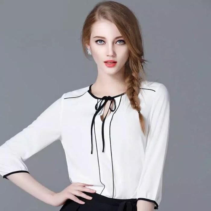 Foto Produk Korean Style Blouse Kombinasi Tali - Putih dari Ichelle Store