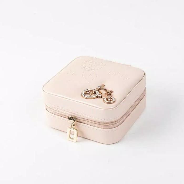 Foto Produk Kotak Perhiasan Portabel Box Aksesoris Travel LOGO KREM dari ALBALAD MOSLEM STORE
