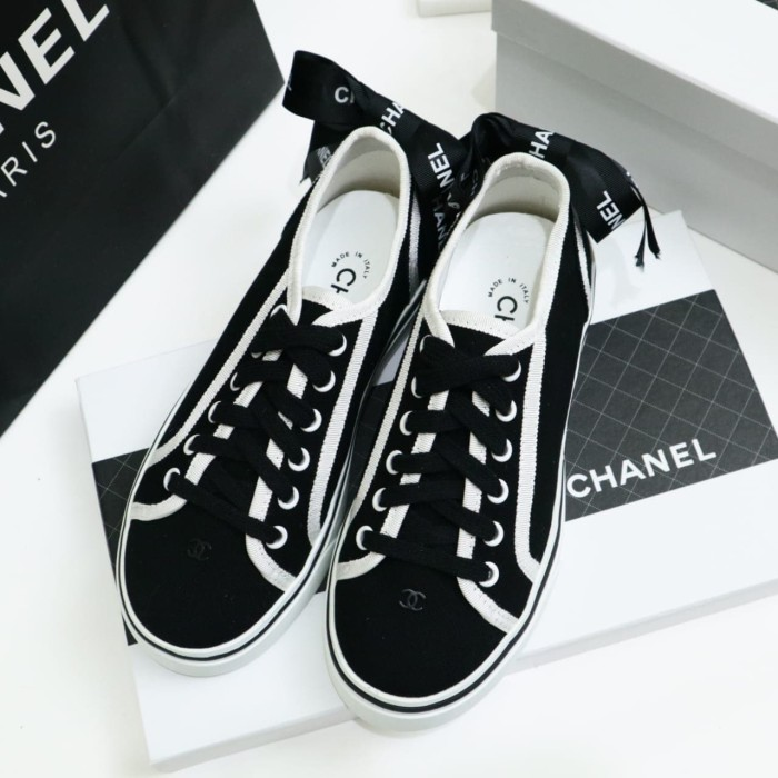Chanel sneakers with bow back black