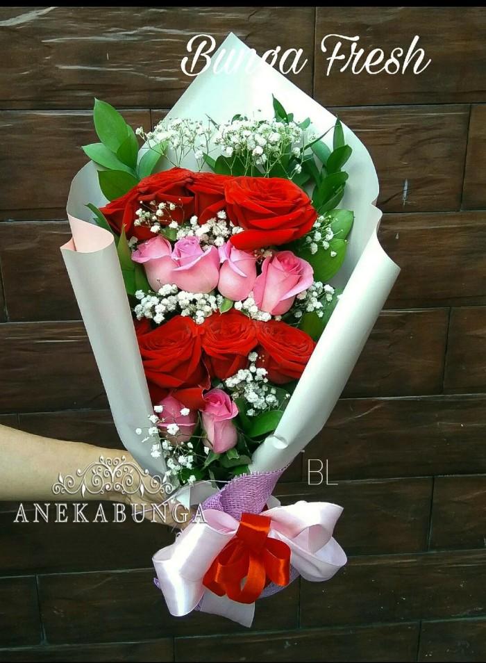 Jual Hand Buket Bunga Asli Fresh Rose Flower Bucket Mawar Hi Her0 Jakarta Barat Gepengherikun Tokopedia