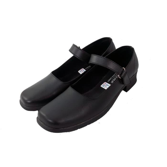 Jual Sepatu Pantofel Wanita Hitam Hak 3 Cm Cewek Sekolah Kantor Paskibra 39 Kab Nganjuk Aio Online Shop Tokopedia