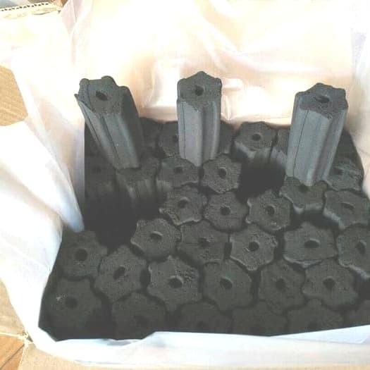Foto Produk Arang Briket, kualitas export / 1kg terbaik dari d'Charcoal dot com