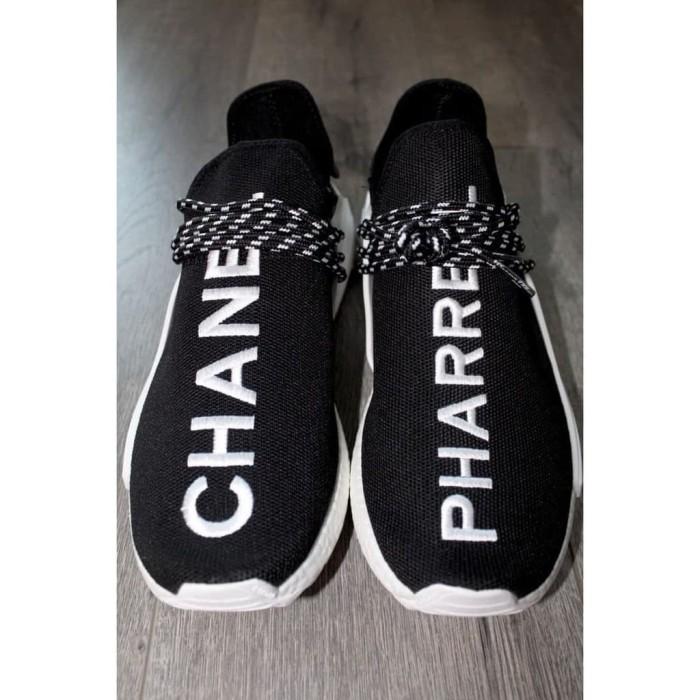 uk availability 231de 69760 Jual Sepatu ADIDAS NMD Human Race Pharrell x Chanel Black High Premium -  DKI Jakarta - TOKO YOVI SHOP | Tokopedia