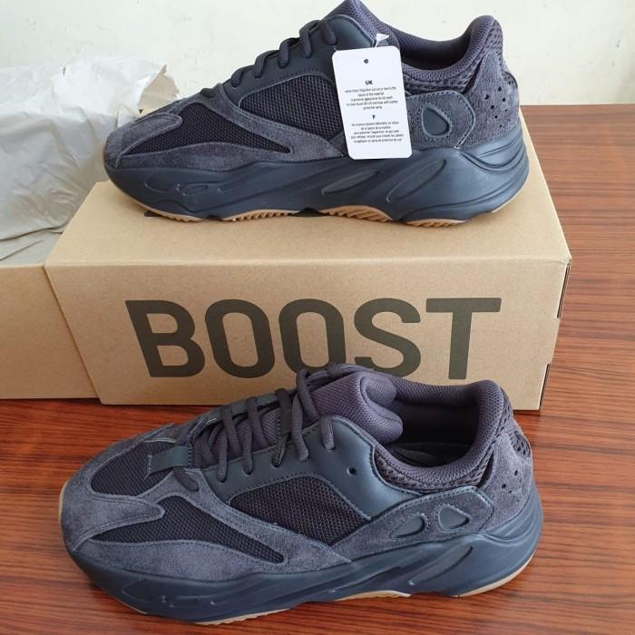 the latest f7d35 55d0b Jual sepatu yeezy boost 700 utility black ORIGINAL hypebeast ukuran 44 -  Hitam - Jakarta Utara - Aquamarine Dream | Tokopedia