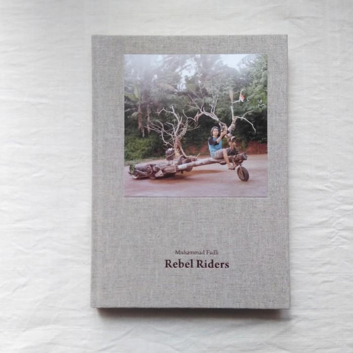Foto Produk Muhammad Fadli - Rebel Riders, Buku Foto Photobook dari Unobtainium