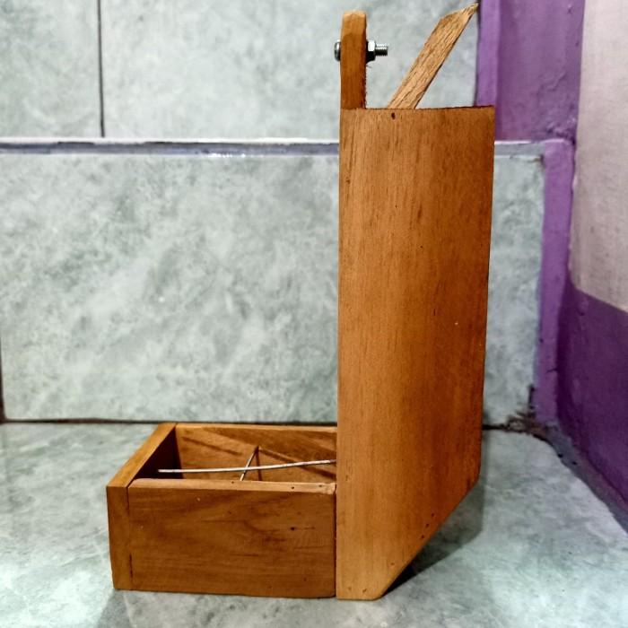 harga Cepuk kayu dispenser sangkar burung Tokopedia.com