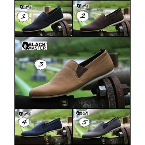 harga Sepatu santai slop pria   blck mstr   slip on sneakers casual bandung Tokopedia.com