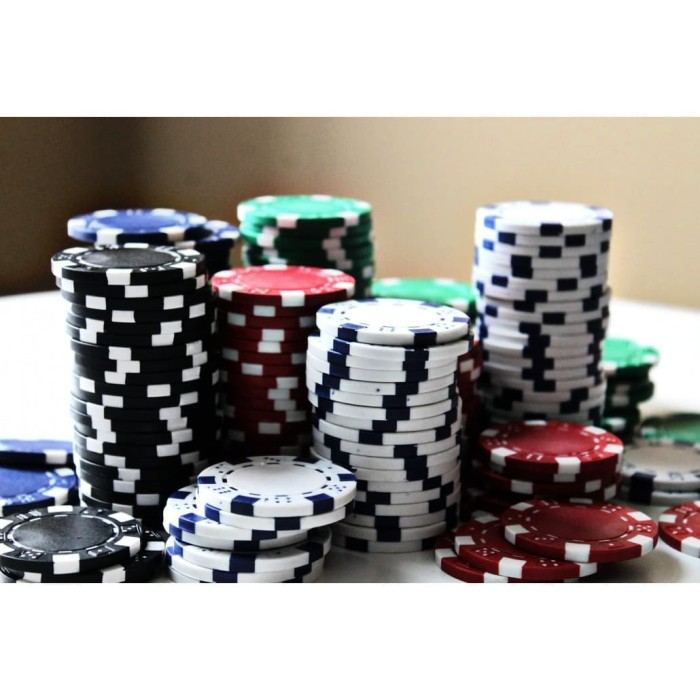 Jual Chips Poker - Hijau, 8 - Kab. Bandung - pokerqq | Tokopedia