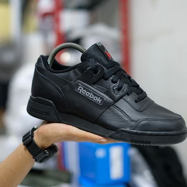 Jual Reebok classic full black