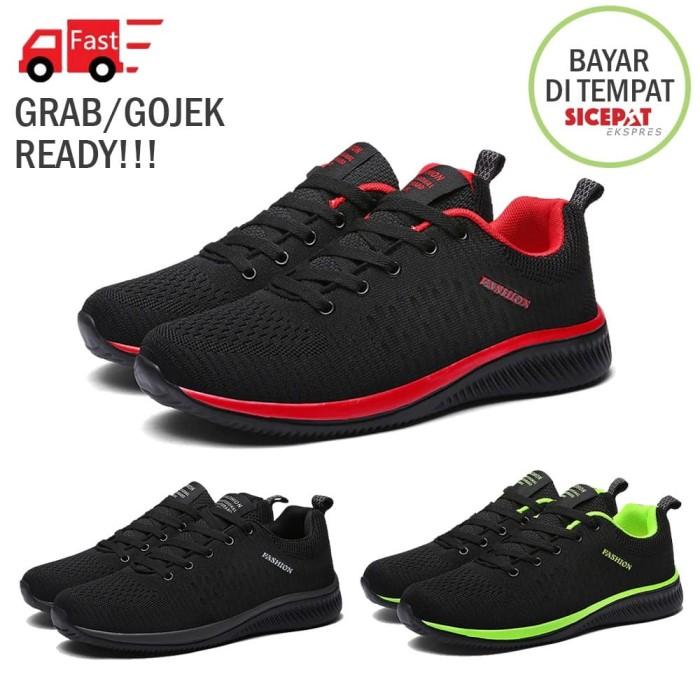 Foto Produk Sepatu Pria Sneaker Running Shoes Sport Upper Light Training - Murah - Hitam, 41 dari Slalustok Store