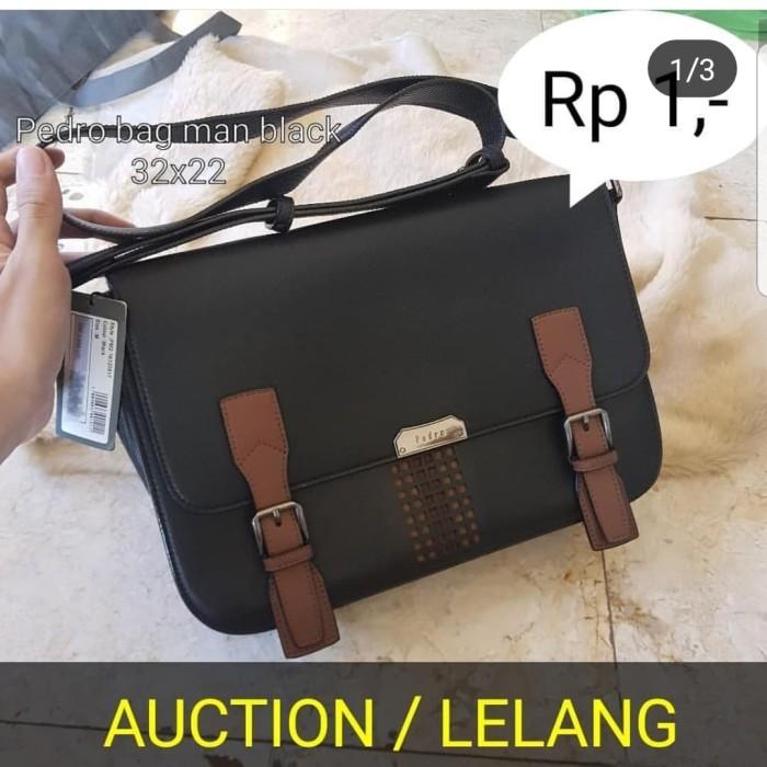 harga Tas sling bag pedro original by instagram lqtok bukan bape nike fila Tokopedia.com