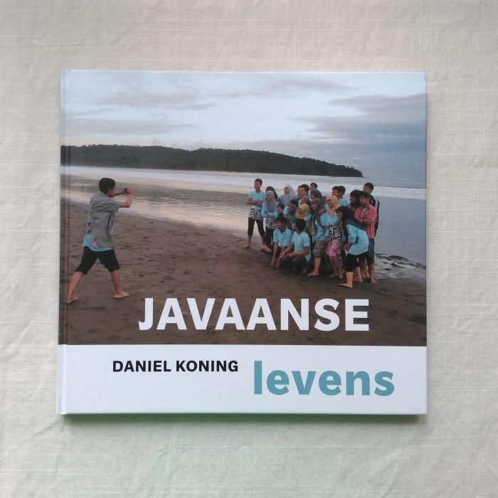Foto Produk Daniel Koning - Javaanse Ievens Buku Foto Photobook dari Unobtainium