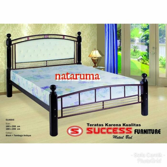 Tempat Tidur Besi Bongkar Pasang