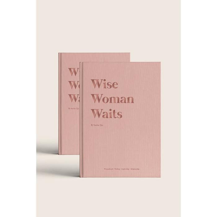Foto Produk Wise Woman Waits - Sasha Tjie (ENGLISH) dari Insight Unlimited