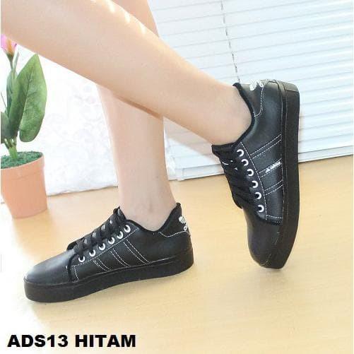 Jual Terbaru Sepatu Wanita Sneakers Adidas Full Black Ads 13 Salle Kota Bandung Nisa Maulidza Tokopedia