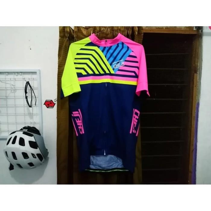 Foto Produk Jersey Cheji Blue Pink Yellow Original Ukuran L dari Mau Gowes Bike Shop