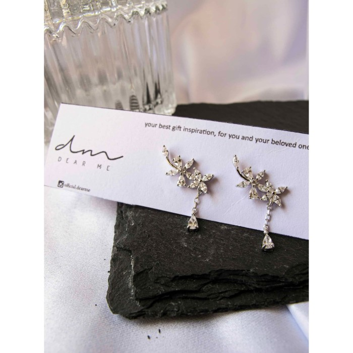 Foto Produk DearMe - KAIA Earrings (925 Sterling Silver with Zirconium Crystals) dari DearMe