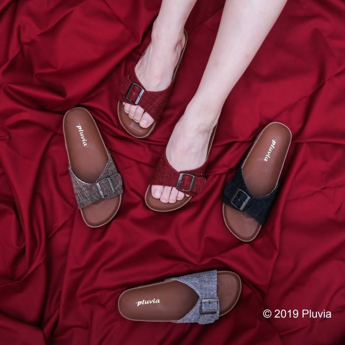 Foto Produk Pluvia - LUNA Sandal Flat Wanita Footbed - Hitam, 37 dari Pluvia Shoes