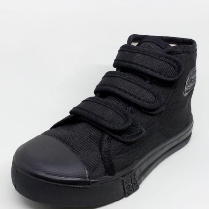harga Sepatu anak sekolah boot full hitam perekat / velcro tk sd import ori Tokopedia.com