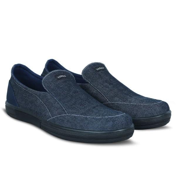 Foto Produk Sepatu Pria Terbaru V 581 Brand Varka Sepatu Slip On Pria Warna Navy. - 39 dari Distro Bandung.Inc