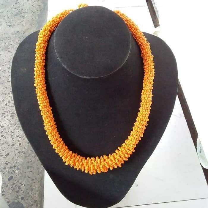 Foto Produk Kalung Monte Lilit Bali Orange dari RAFANIA SOUVENIR JOGJA
