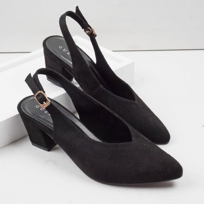 Foto Produk Guzzini MN 529 - Hitam Sepatu Heels Beludru Suede tumit petak dari Guzzini