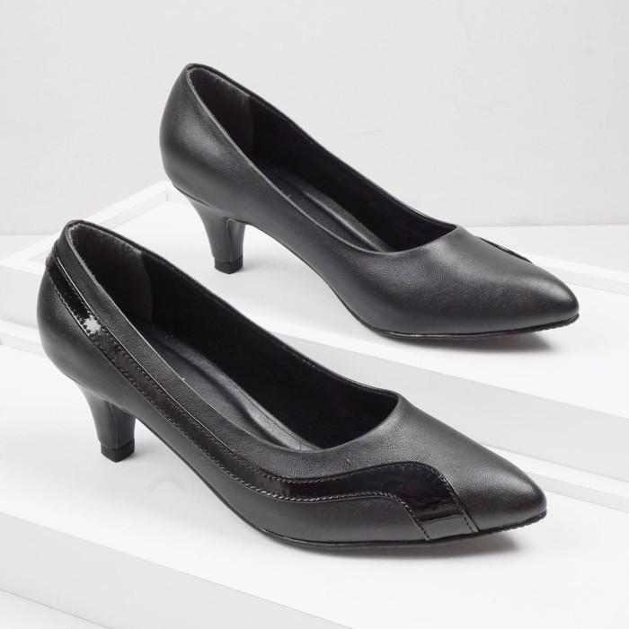 Foto Produk Guzzini MN 908 Hitam - Sepatu Heels Kerja 5cm dari Guzzini