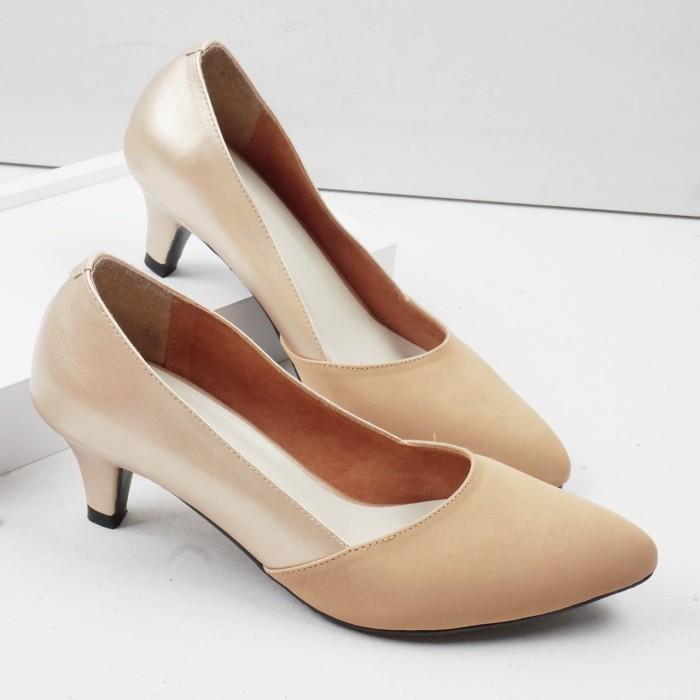Foto Produk Guzzini MN 532 - Gold Sepatu Heels Casual dari Guzzini