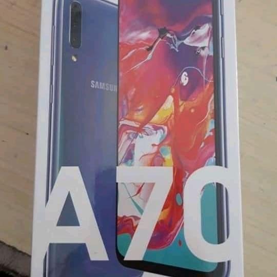 Foto Produk Samsung A70 Ram 6GB/128GB mulus fullset dari Wijaya_Samsung