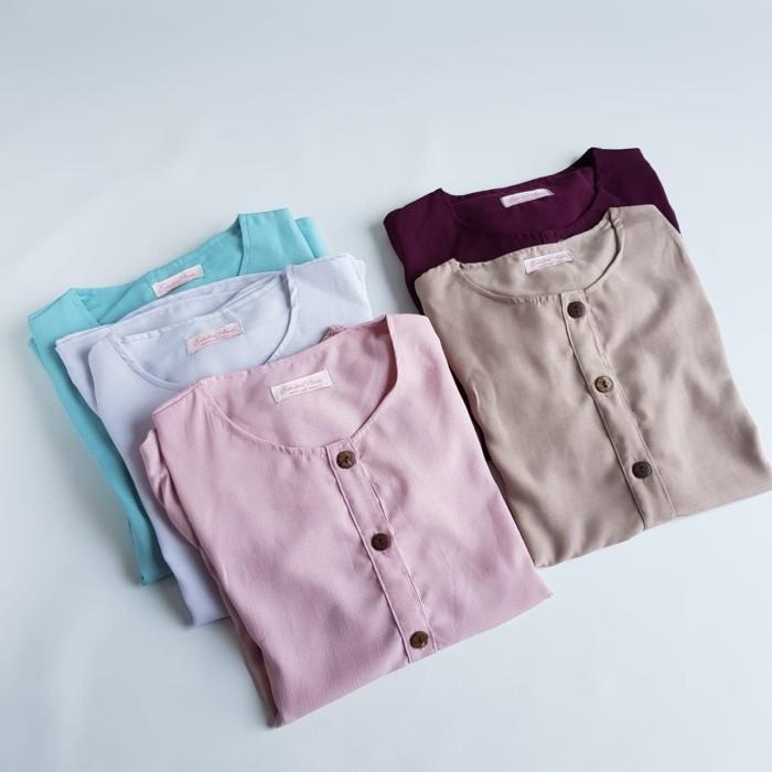 Foto Produk Baju Atasan Button Shirt -Emikoawa Top Blouse Baju Wanita Muslim Busui - Abu-abu dari emikoawa