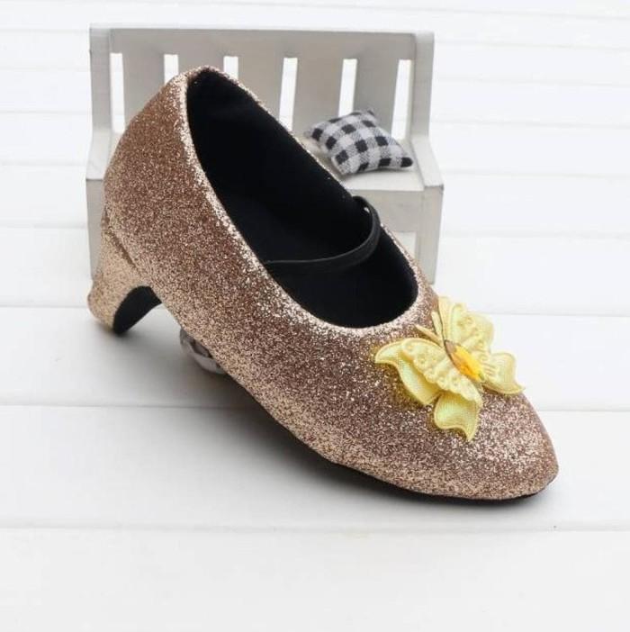 Foto Produk New Sale Prewalker Heels Glitter Gold Butterfly Berkualitas dari niracolection173