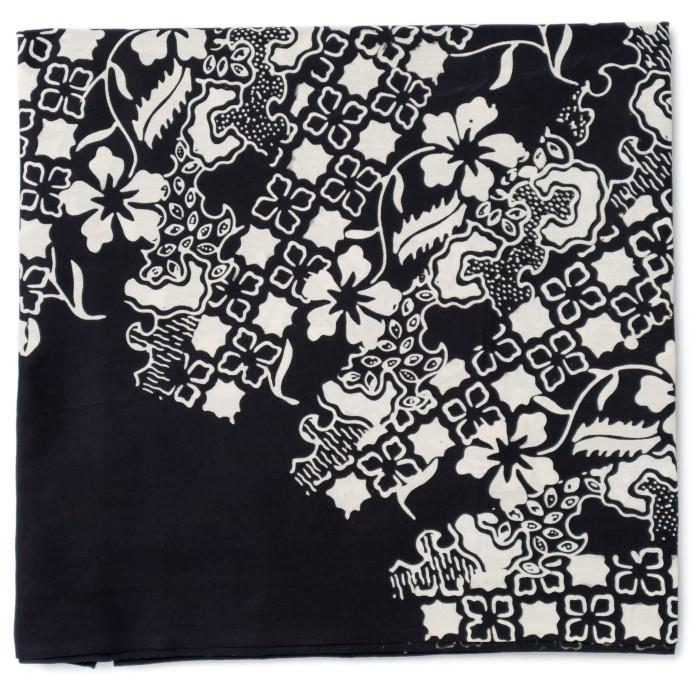 Foto Produk Kain Batik Cap Trusmi Motif Sinaran 5 - Hitam dari Kainusa