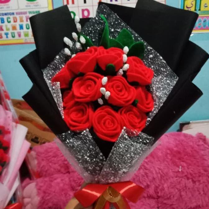 Jual Promo Buket Bunga Mawar Cantik Flanel Untuk Hadiah Wisuda Ultah Jakarta Barat Elinshop332 Tokopedia