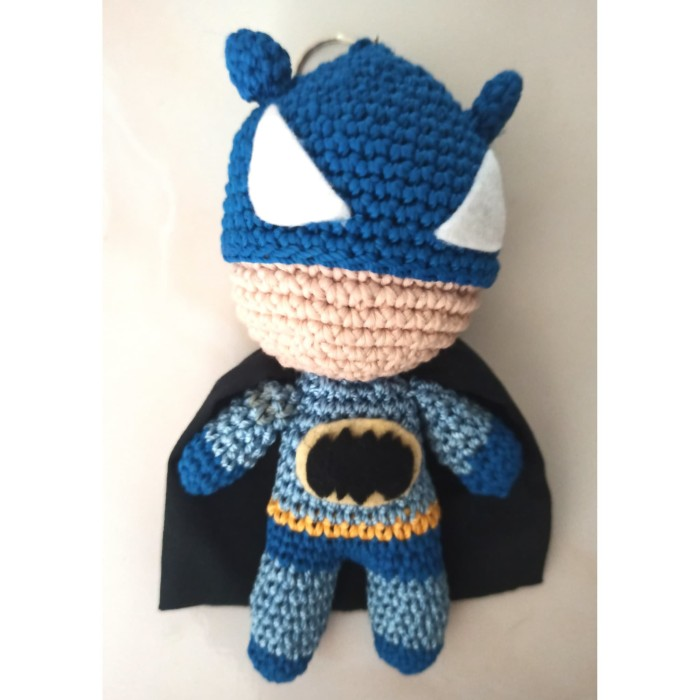 Ravelry: Batman pattern by Anna Carax | 700x700