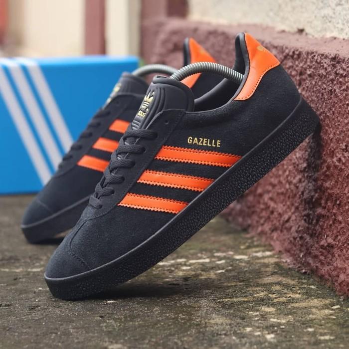 adidas gazelle black orange original