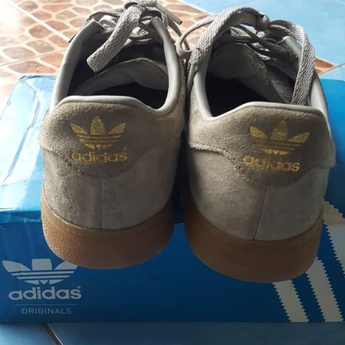 Foto Produk sepatu adidas dari fanatik89