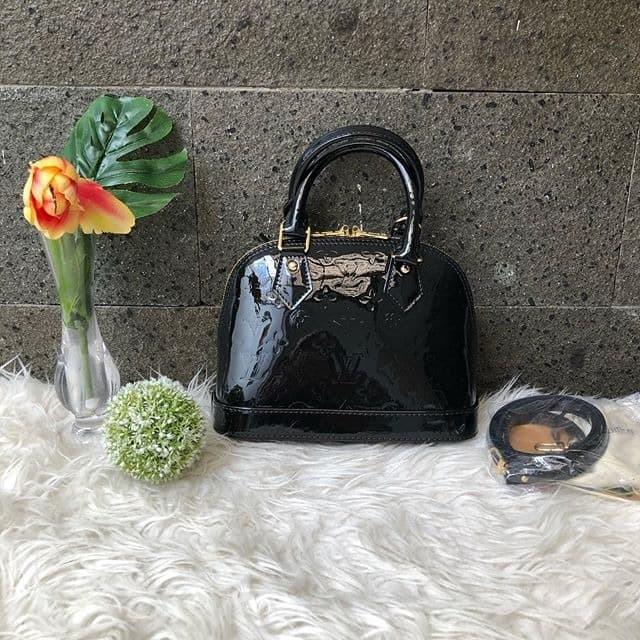 Jual Tas Handbag Wanita Louis Vuitton Lv Alma Bb Monogram Vernis Leather Or Kota Semarang Planetsneakers Tokopedia