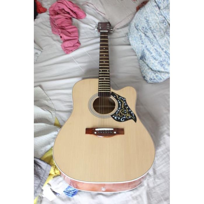 Foto Produk Gitar AKUSTIK F500 Sungkai suara Nyaring buat nyanyi bareng dari djenggotmusic