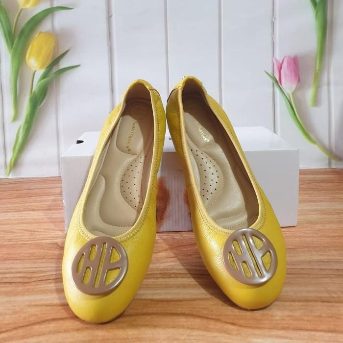 Foto Produk Preloved - Hush Puppies Shoes. Second Sepatu Hush Puppies dari Laristie