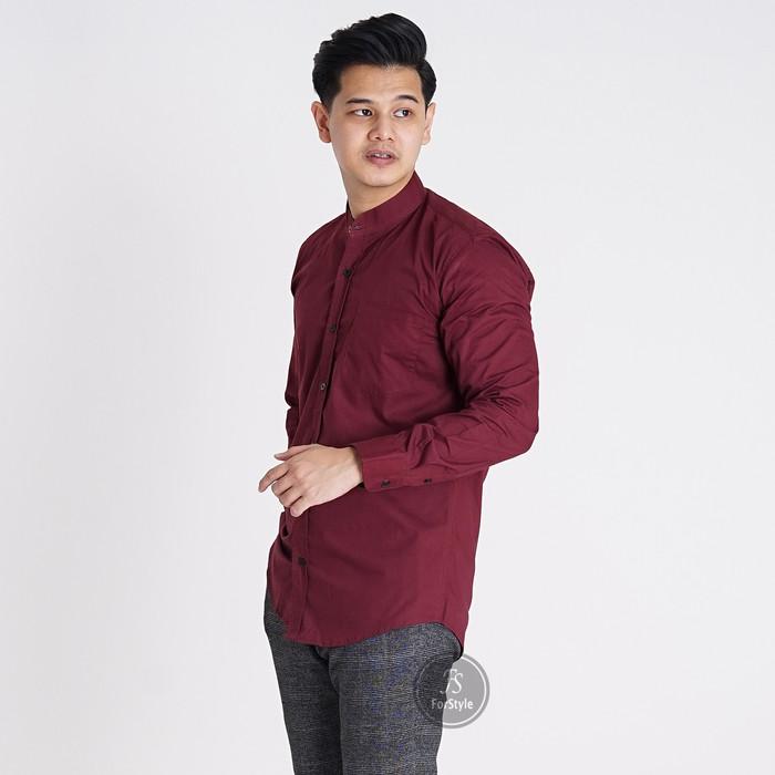 Foto Produk Baju Kemeja Lengan Panjang Casual Pria Merah Maroon Polos Slimfit 3236 - Maroon, L dari Virtual Custom Clothing