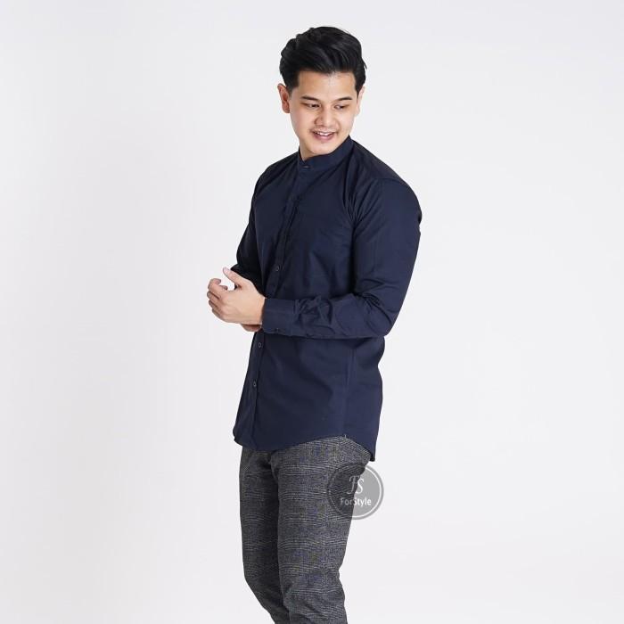 Foto Produk Baju Kemeja Lengan Panjang Casual Pria Biru Navy Polos Slimfit - Biru, M dari Virtual Custom Clothing
