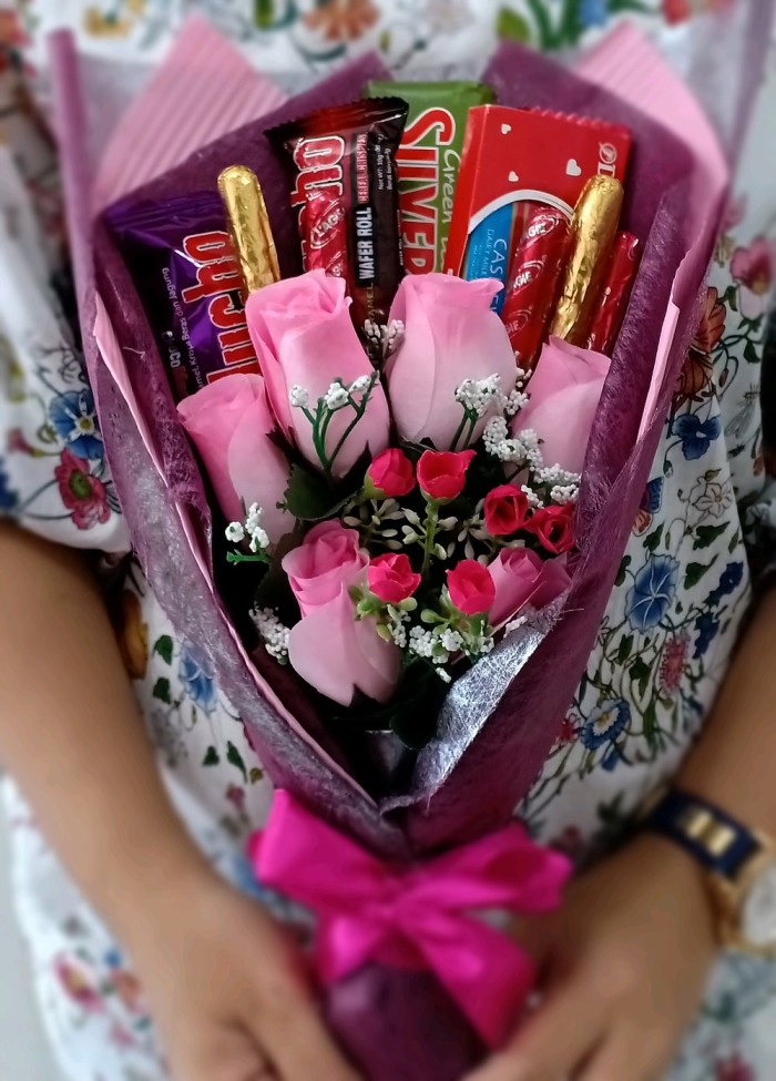 Jual Buket Bunga Coklat Kode 108 Untuk Valentine Ultah Wisuda Dll Jakarta Pusat Alamax 202 Tokopedia